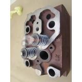 Hlava valca so zátkami a puzdrami ventilami  102 (poz. 37-39,44)  [Chelmno]